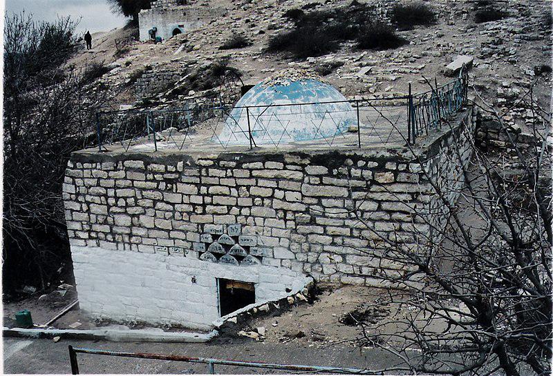 קבר הנביא הושע בן בארי